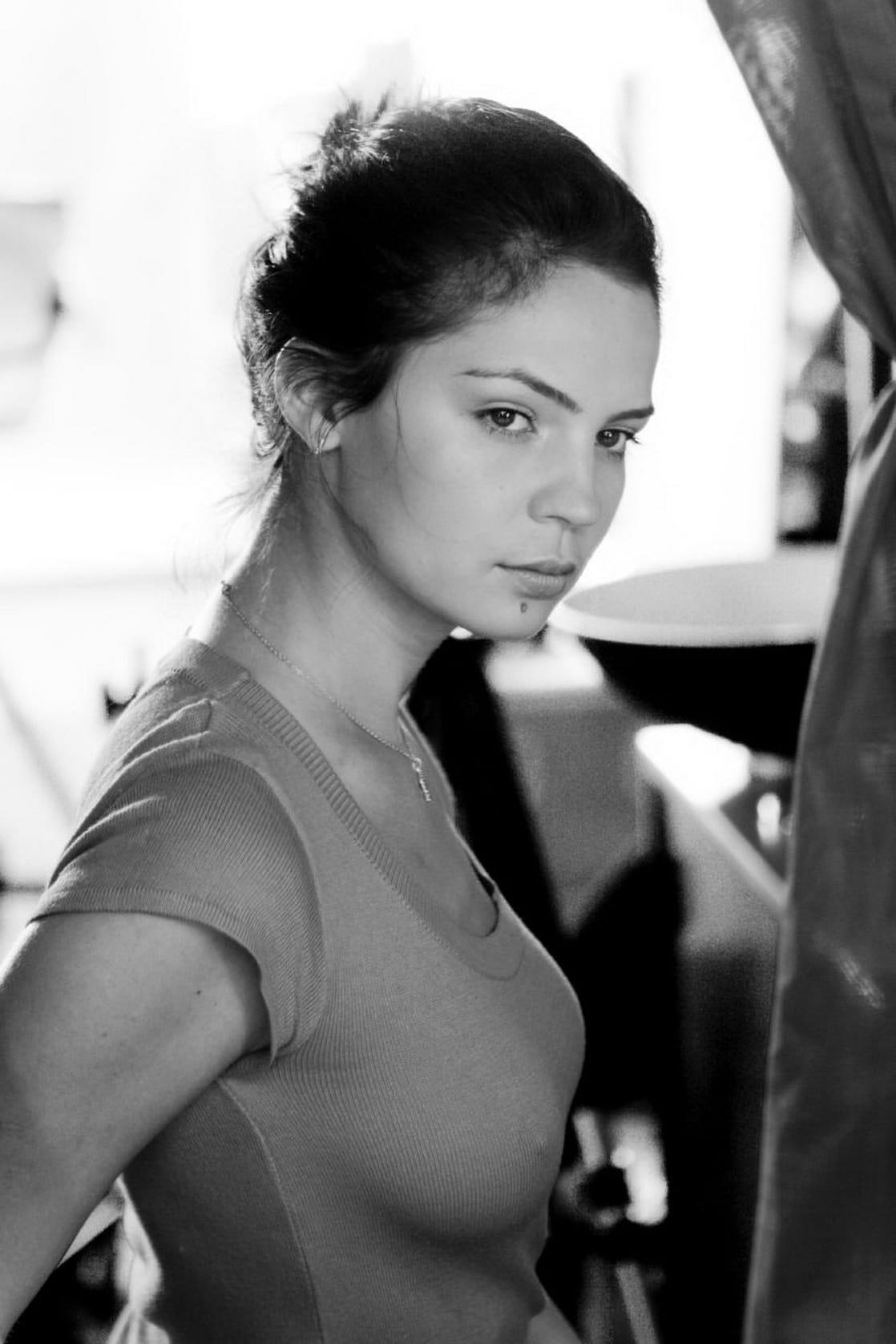 Maria Dinulescu naked 430
