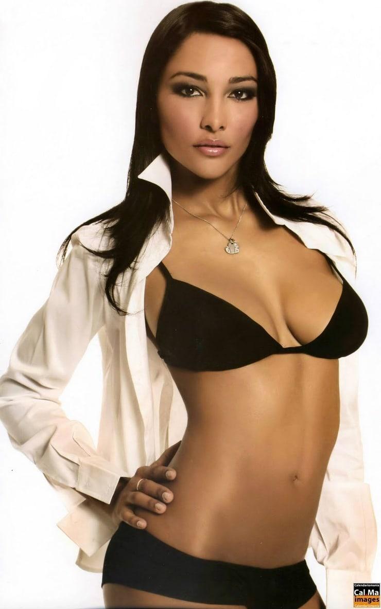 Commit error. juliana moreira topless