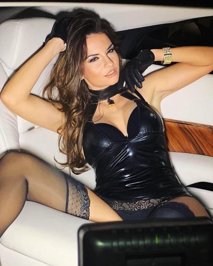 Yotta filmt sich beim Trocken-Sex - damit es jeder sehen