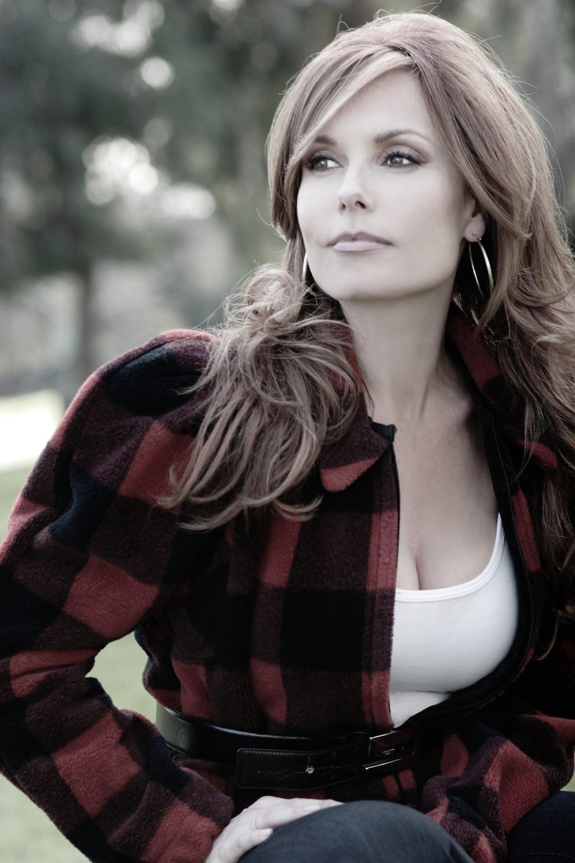 Picture of Tracey E. Bregman
