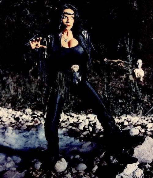 Raven De La Croix   Cult Celebrities