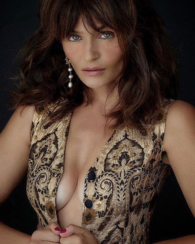 Portuguese Beauty: Helena Coelho