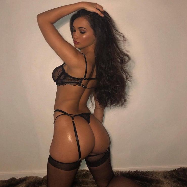 Jean Jacobs Naked Retro Lesbian Sluts Enjoy Themselves With Sex Toys