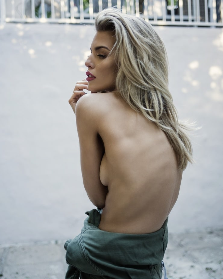 Annalynne mccord nude photos naked sex pics