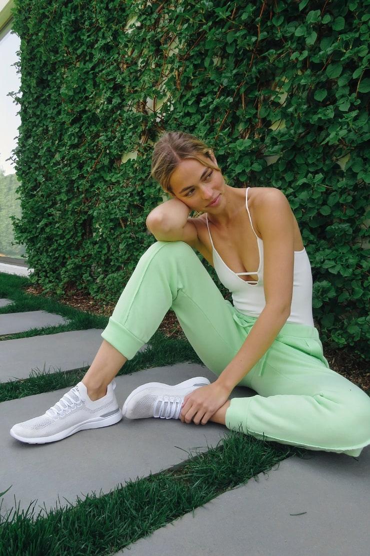 Picture of Caroline Kelley