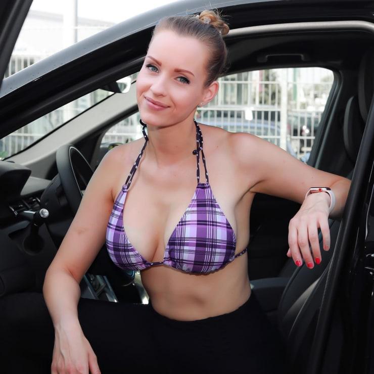 Picture of Anike Ekina