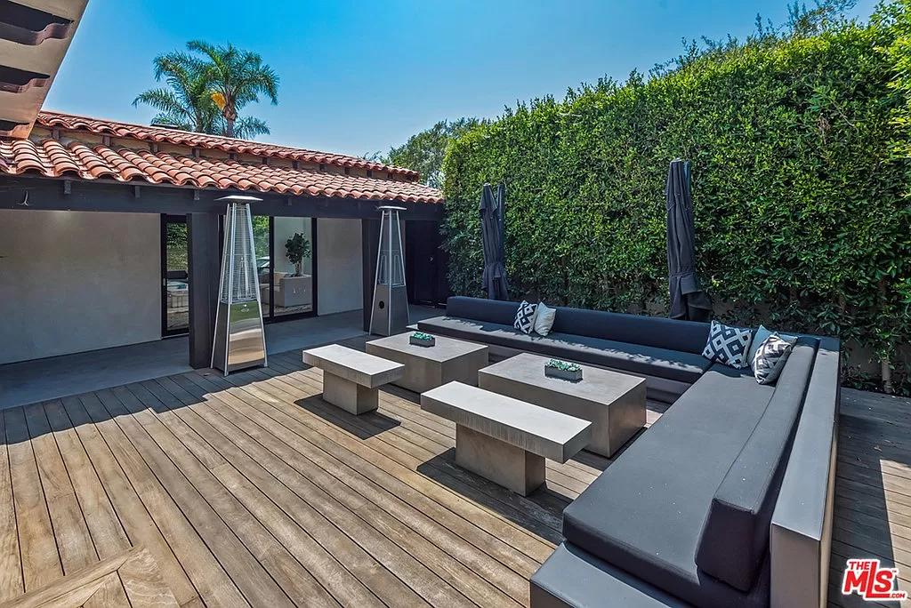 300 El Camino Dr, Beverly Hills, CA 90212