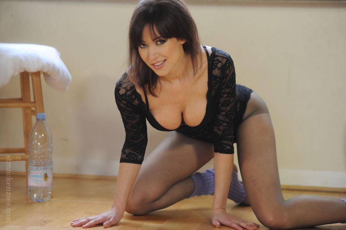 Carole Hunt Nude 63
