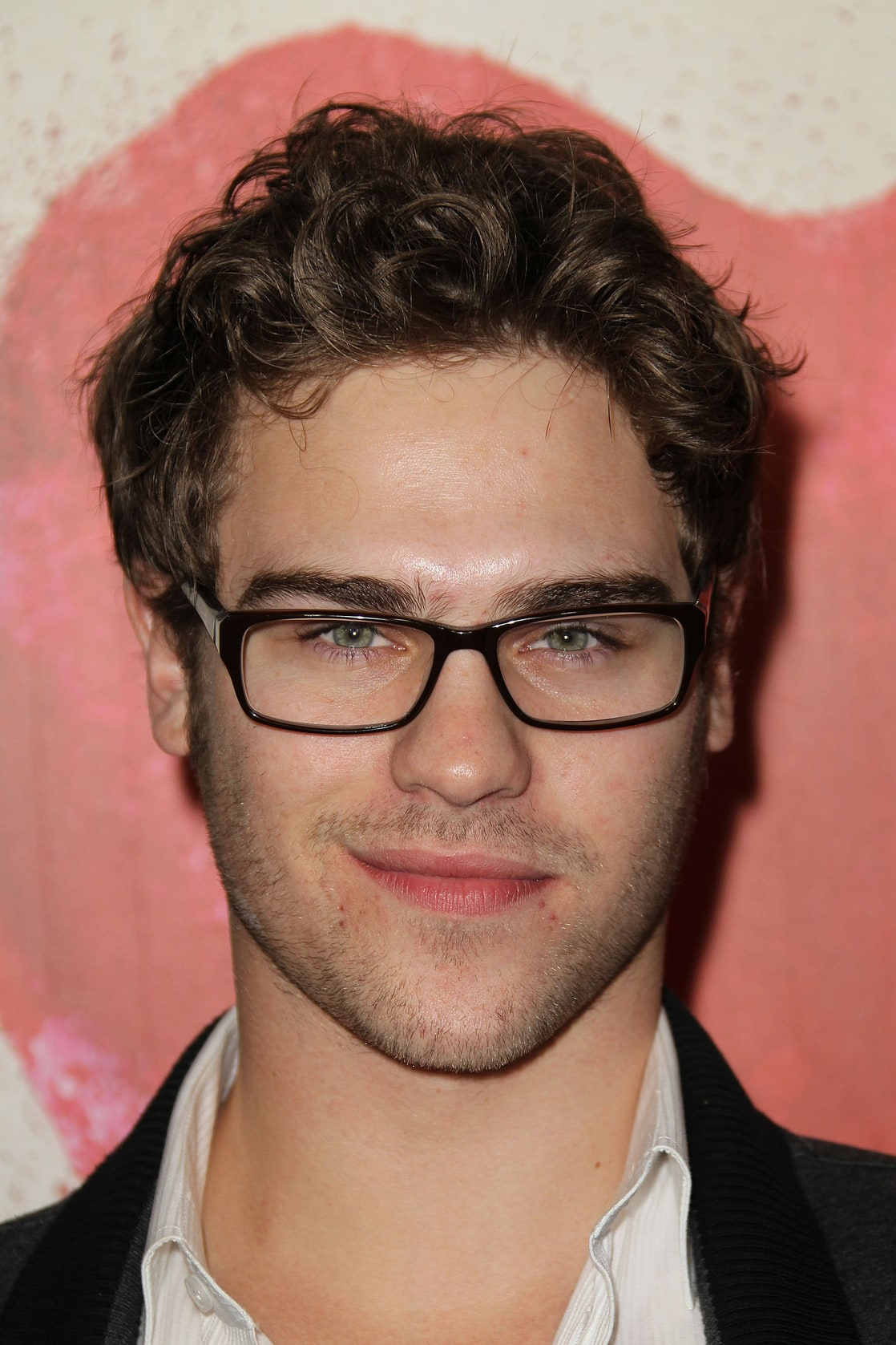 Picture of Grey Damon