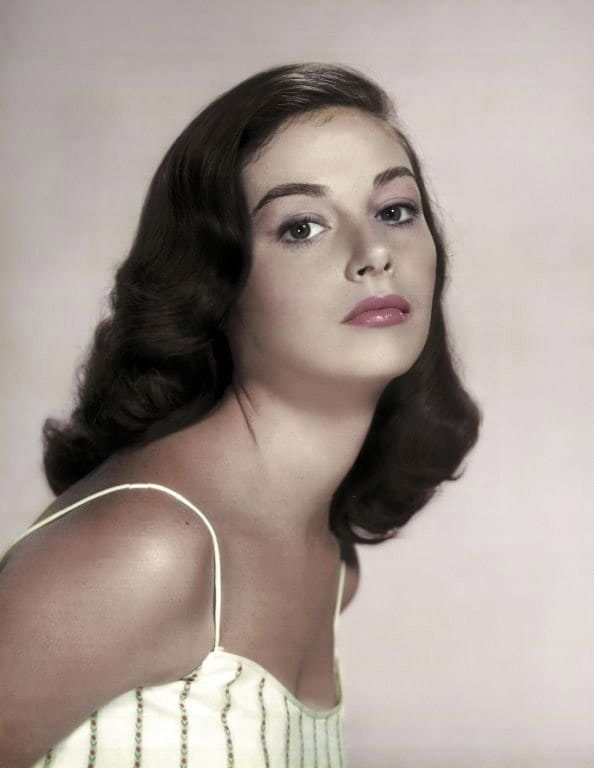 Avengers in Time: 1971, Deaths: Actress Pier Angeli dies at 39