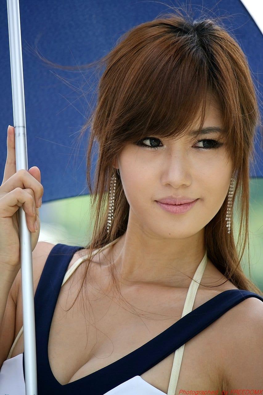 Jina Song Nude Photos 13