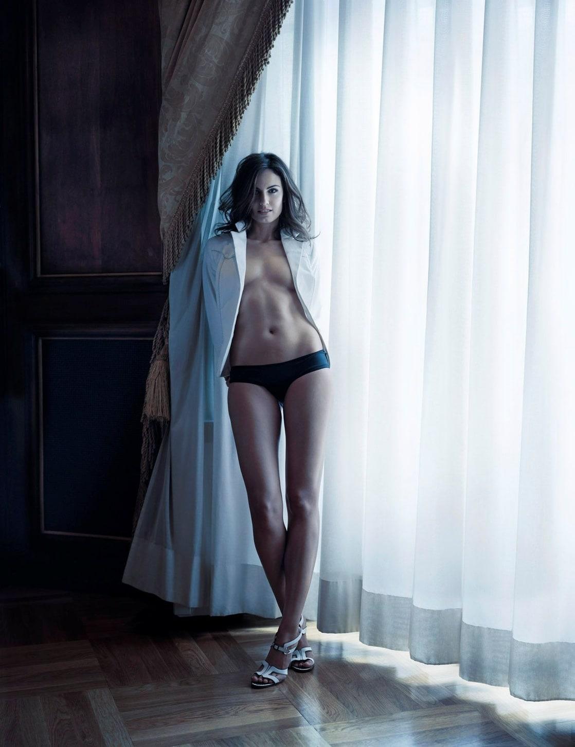 Claudia Bassols Naked 28