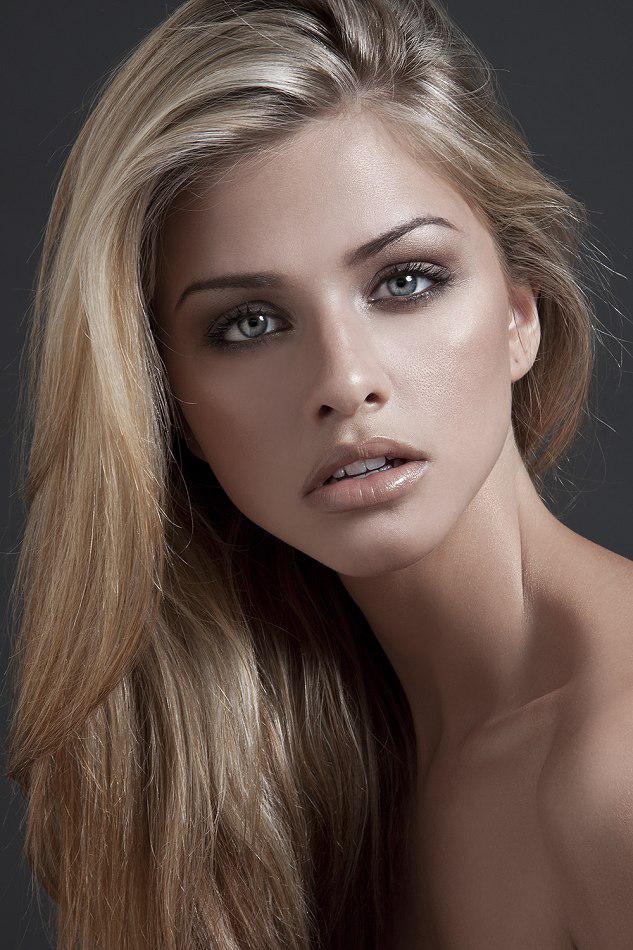Picture Of Marina Laswick-1080