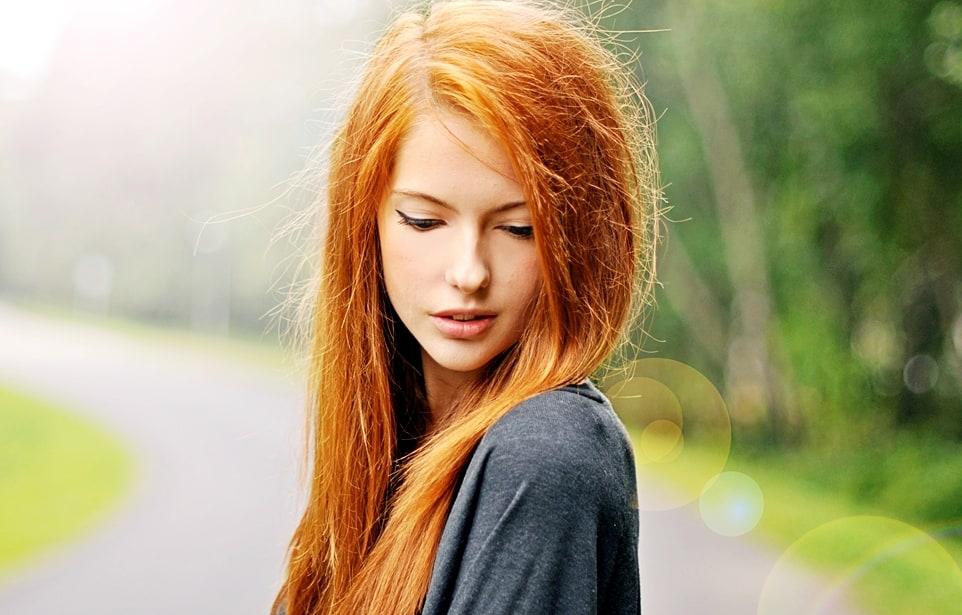 фото одной рыжей девушки