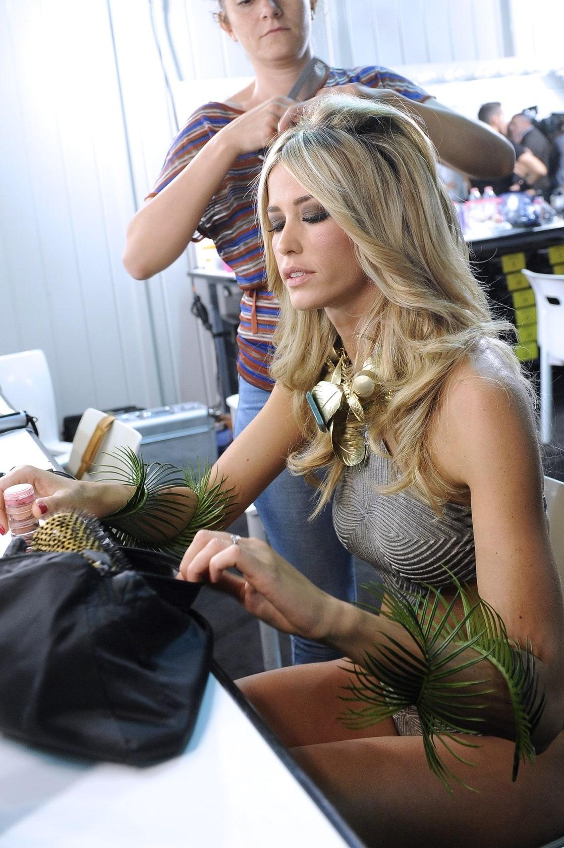 Elena Santarelli Nude Photos 1