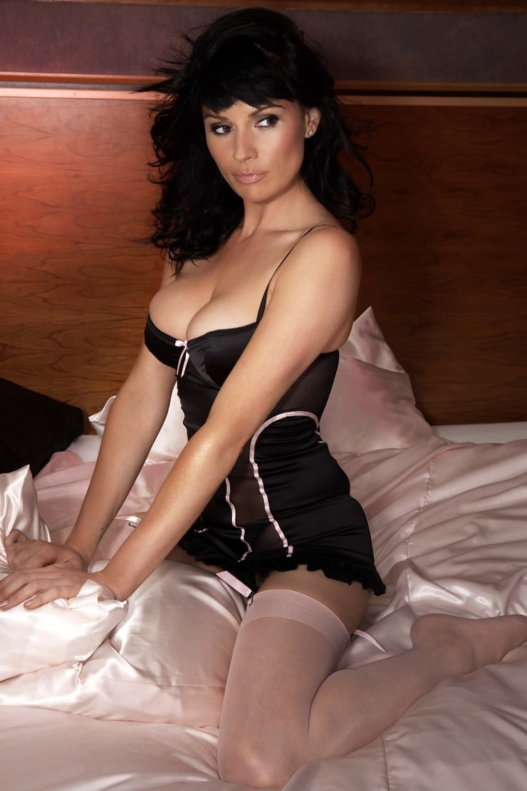Lucy Pargeter Nude Photos 69