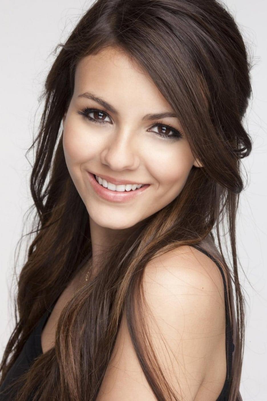 Victoria Justice eyes