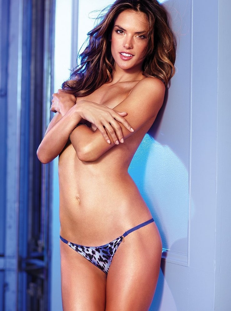 Victoria Secret Model Alessandra Ambrosio Nude