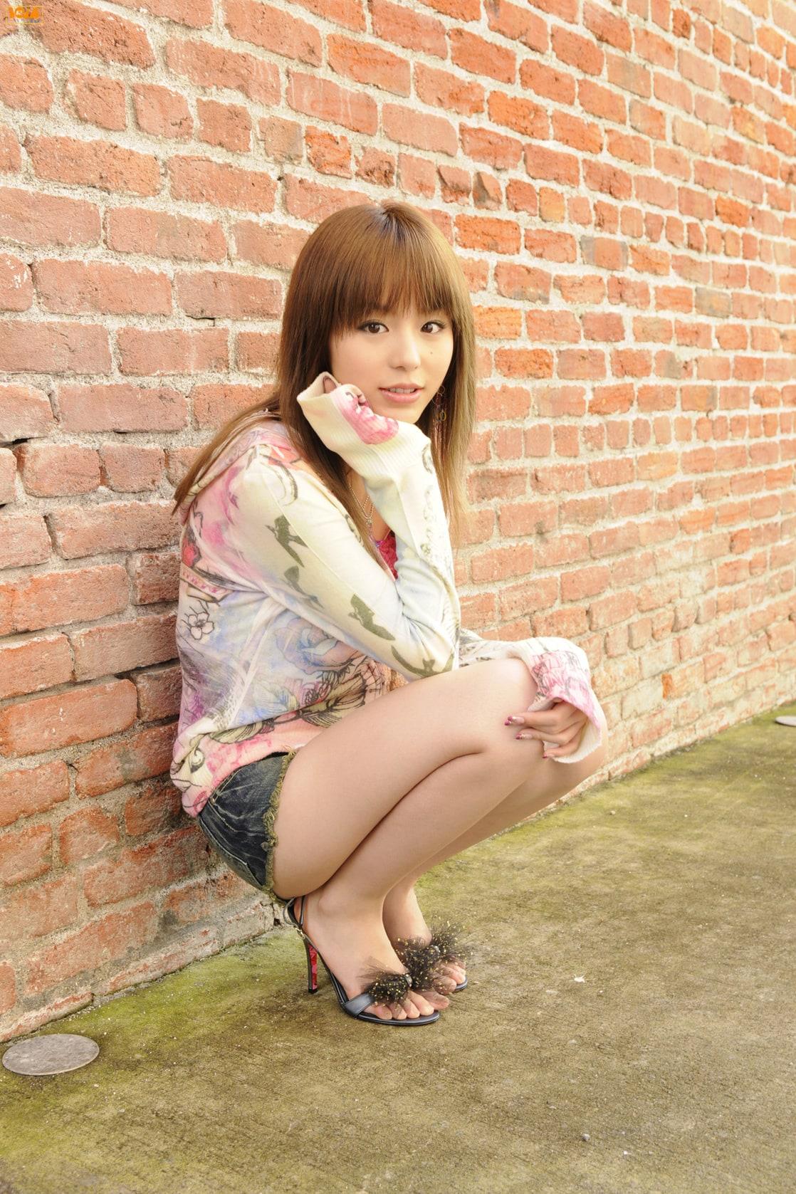 zdarma ke stažení dospívající videa Aya hirano sexy