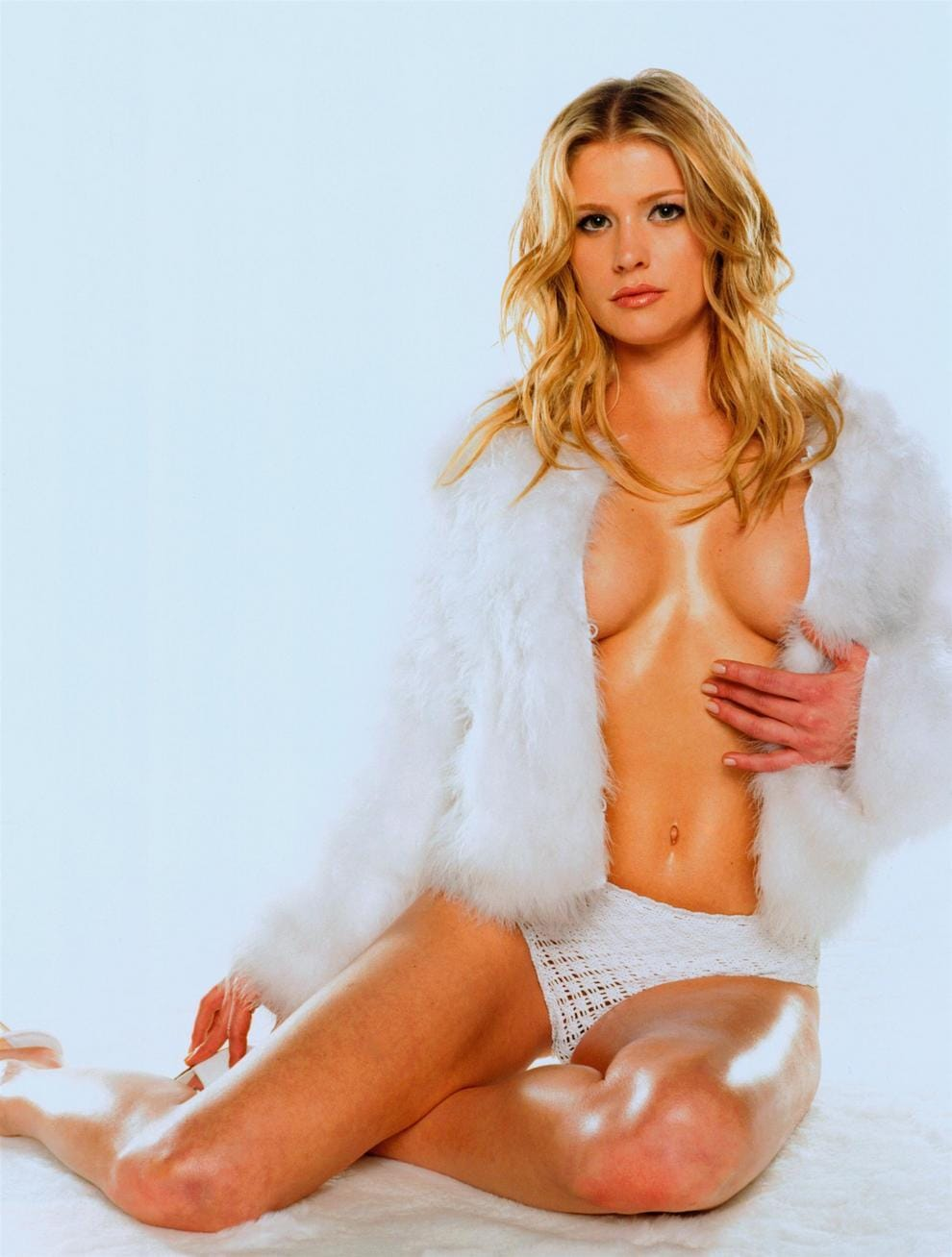 Kristy Swanson Naked Pictures