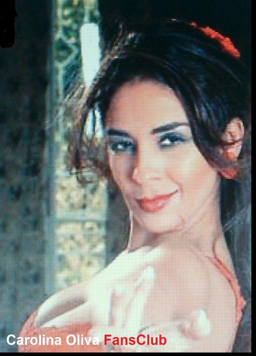 Carolina Oliva Nude Photos 6