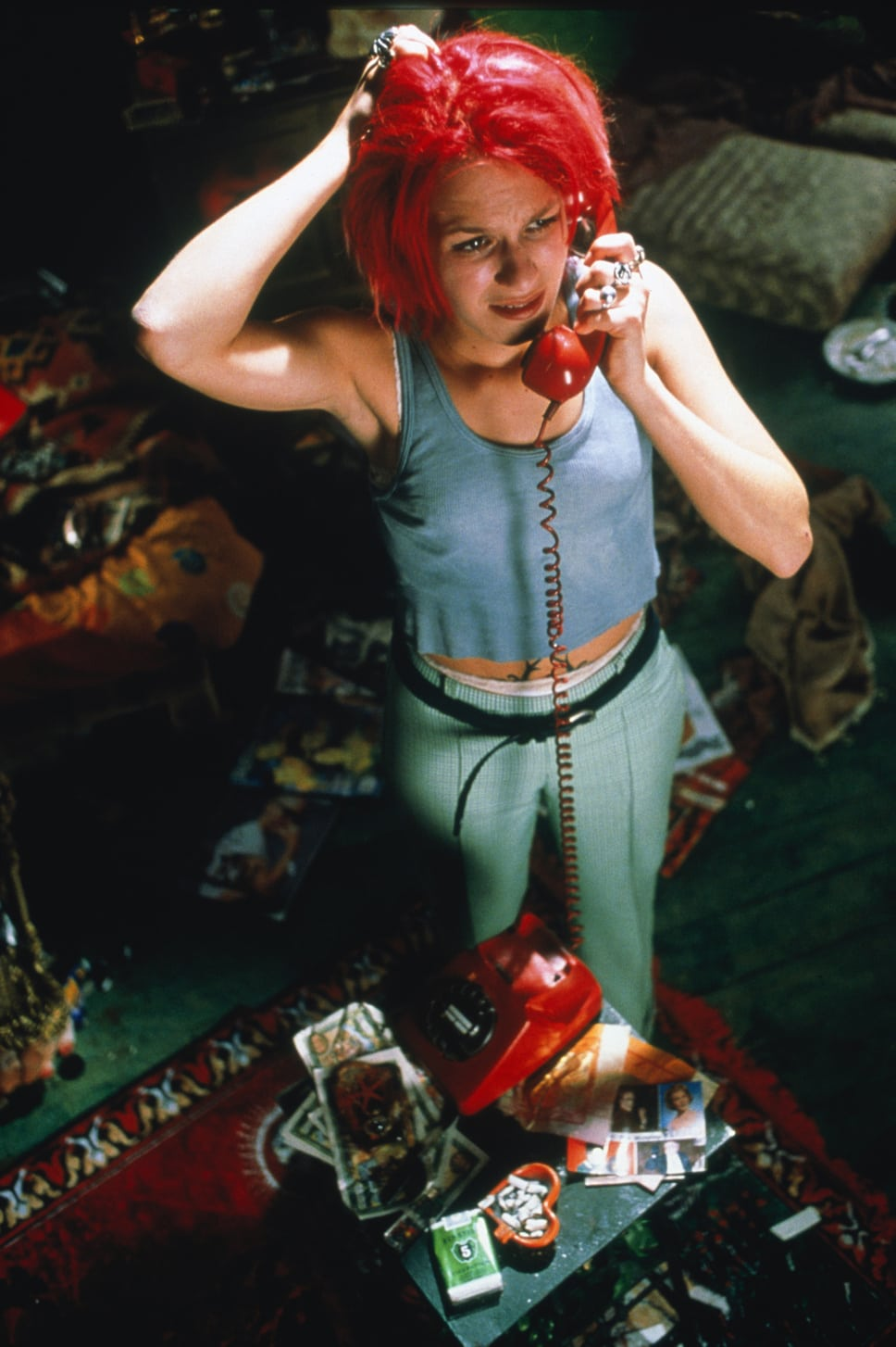 run lola run film review Audience reviews for run lola run lola has twenty minutes to find a way to get 100,000 deutschmarks to her boyfriend across town before he gets whacked problem is, she's broke, but fortunately .