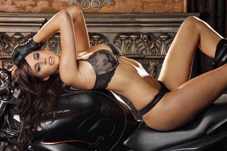 Ideal Lauren Vickers Nude Pic