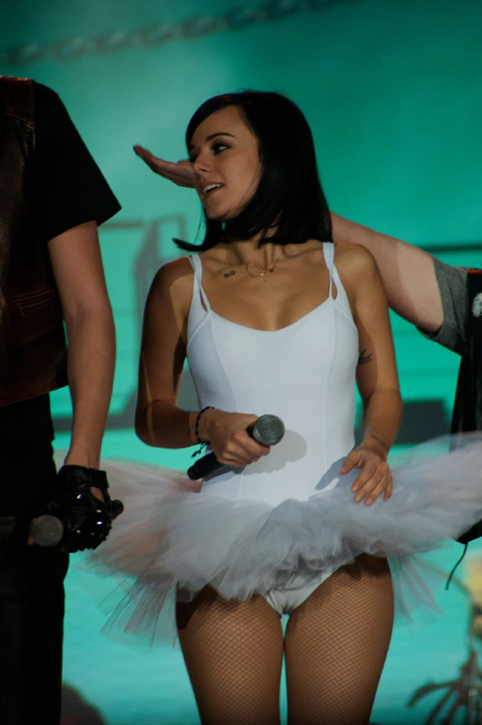 Alizee up skirt nude images