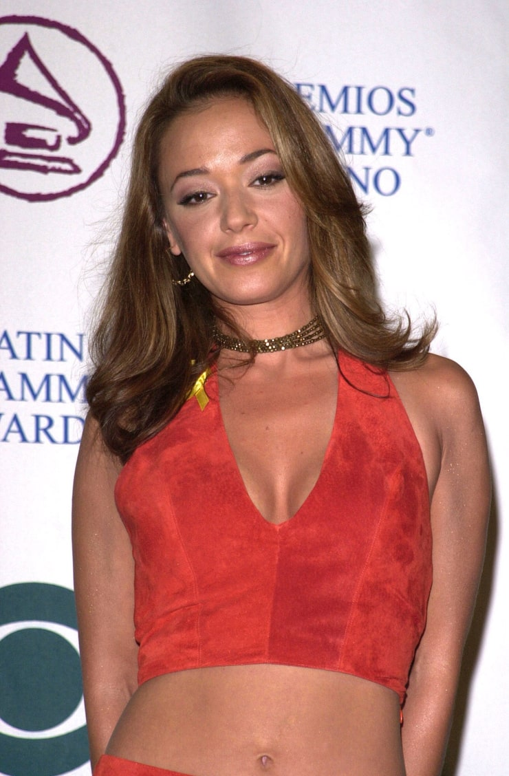 Picture Of Leah Remini-7095
