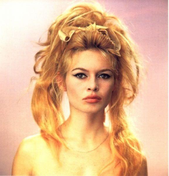 Прическа бриджит бордо - Стиляги прически. 50 фото причесок в стиле стиляг
