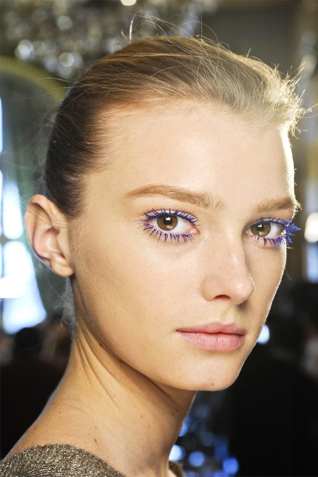 Фиолетовая тушь макияж