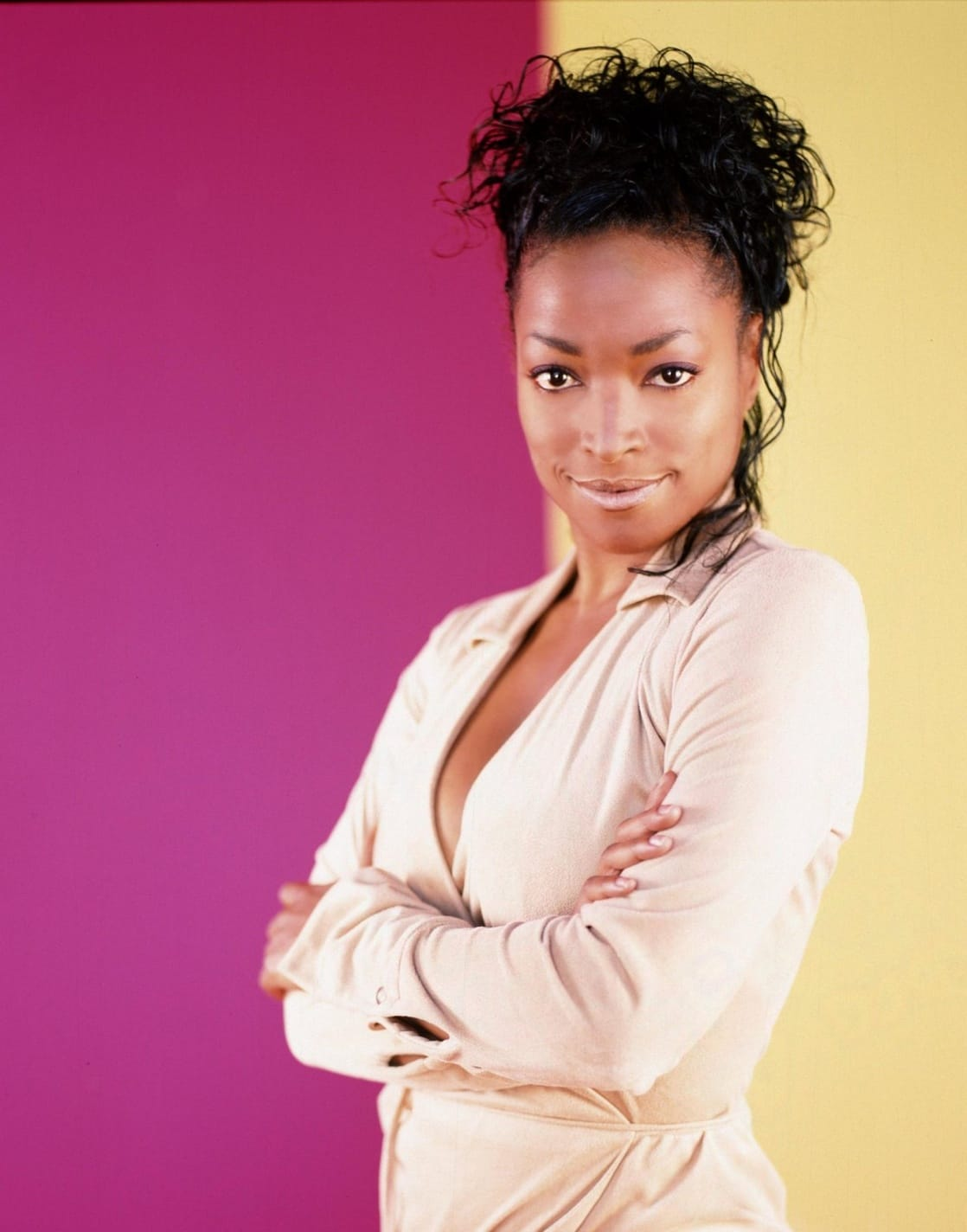 14 Super Trendy Blouse Designs Sported by Anita 2007 kellita smith pic gallery