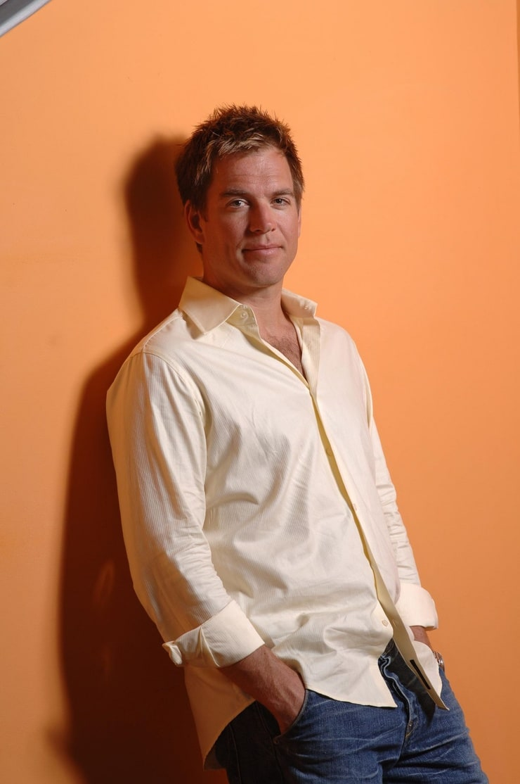 weatherly guys Michael weatherly takes his finale bow as anthony dinozzo on tonight's season 13 finale of ncis the 47-year-old actor has been with the show since it began in september 2003 and will remain a.