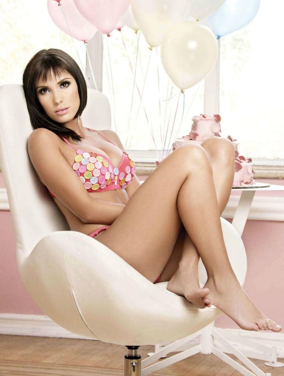 Andrea Escalona Desnuda picture of andrea escalona gallery-234 | my hotz pic