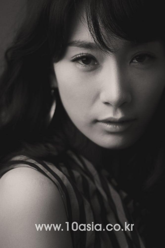 Kim Seo-hyeong Nude Photos 5