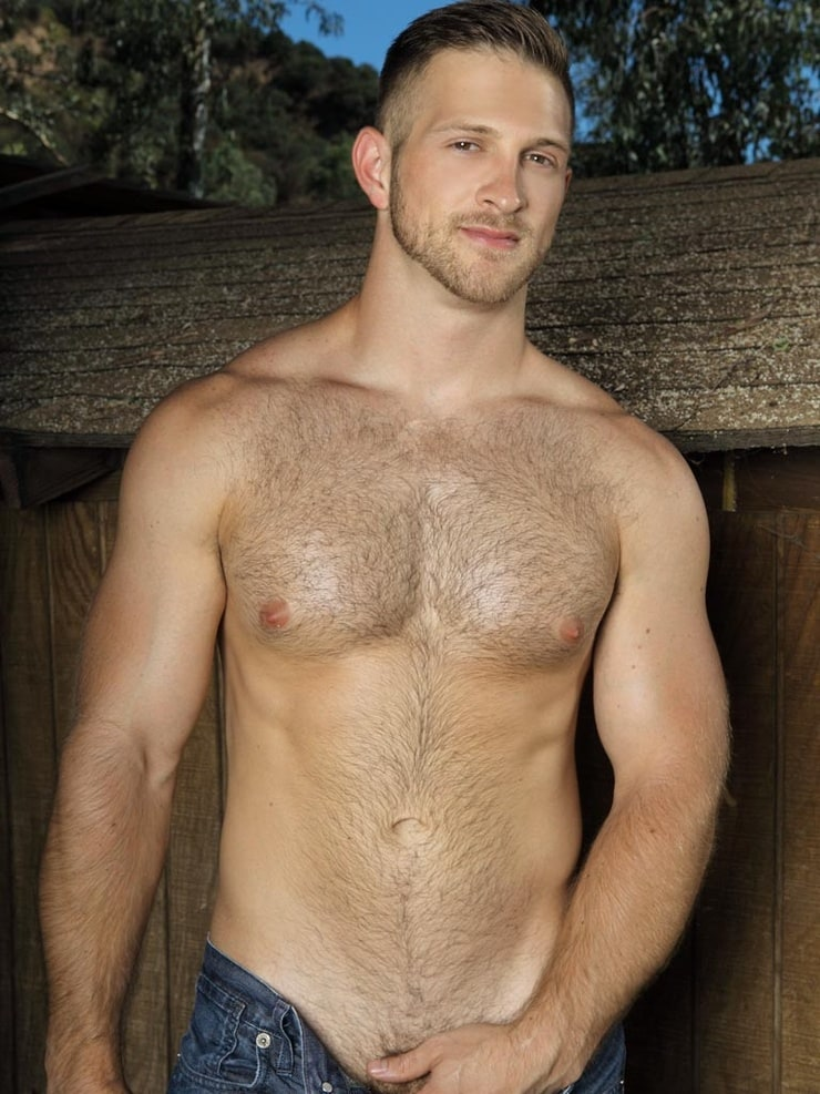 Picture of Justin Deeley