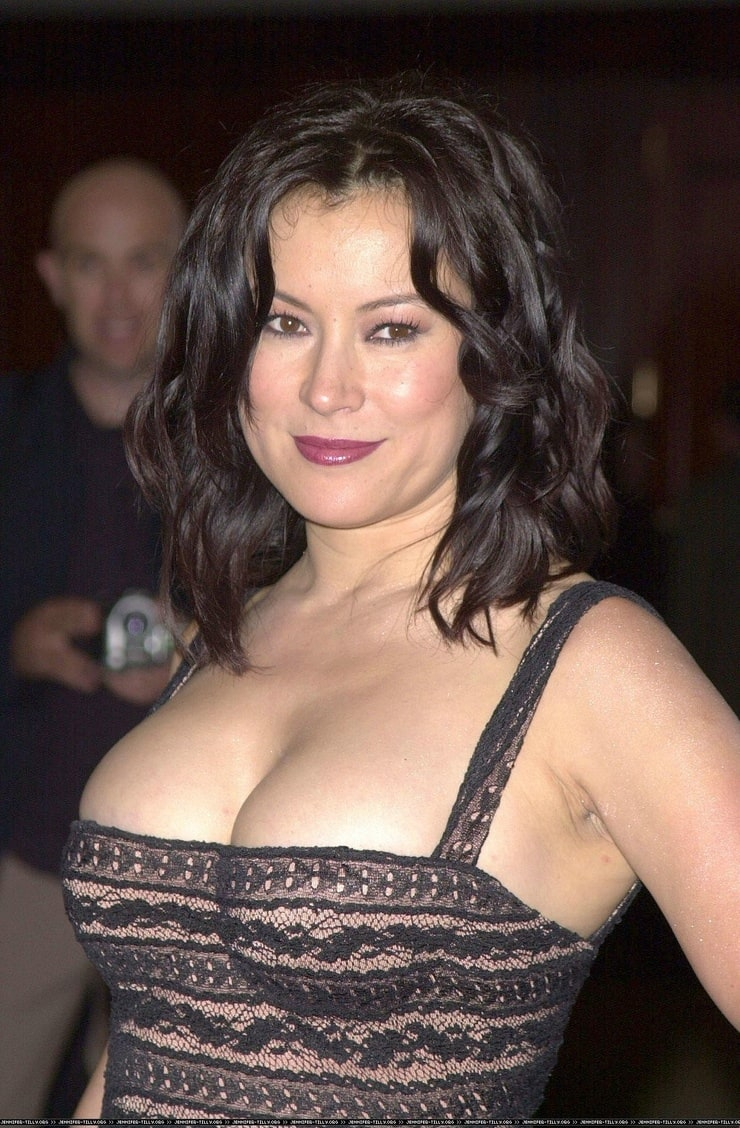 naked-pictures-of-jennifer-tilly