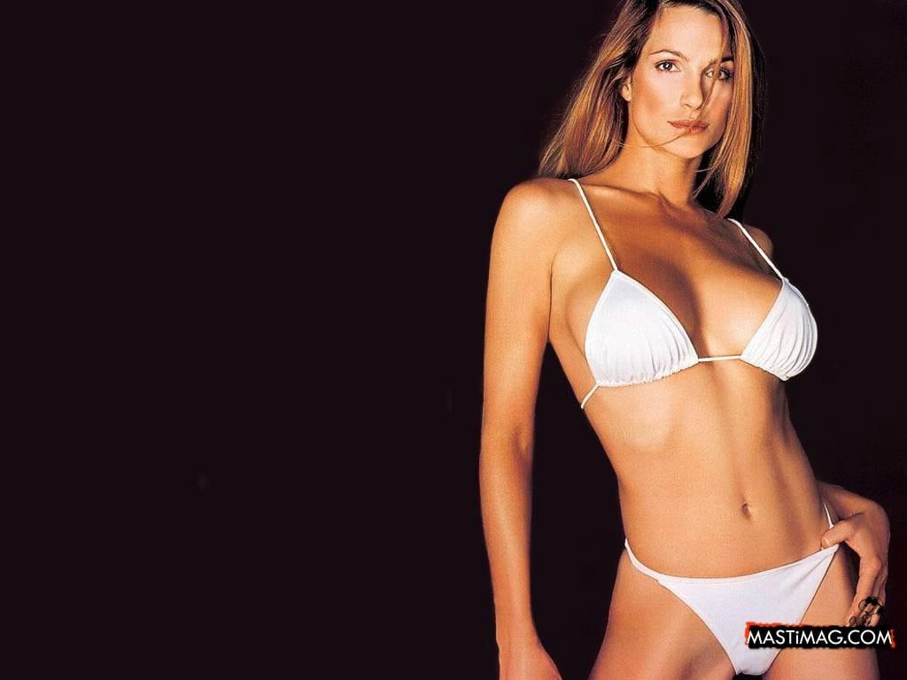 Alexandra Kamp Nude Pics & Videos,