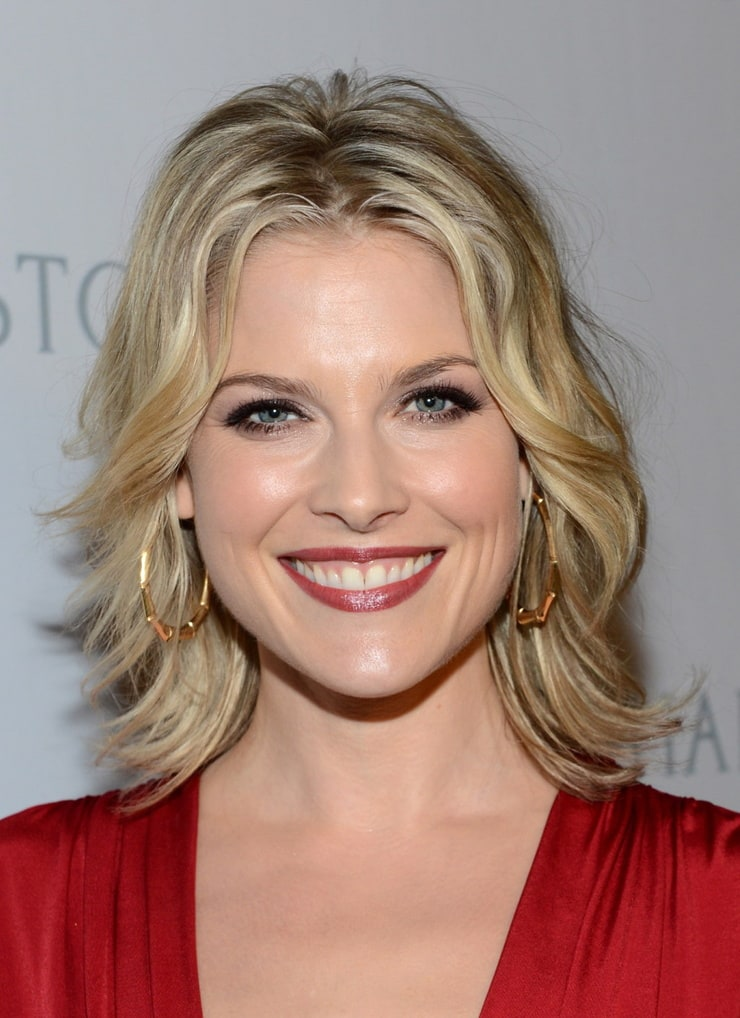 ALL ABOUT HOLLYWOOD STARS: Ali Larter Profile And Pictures