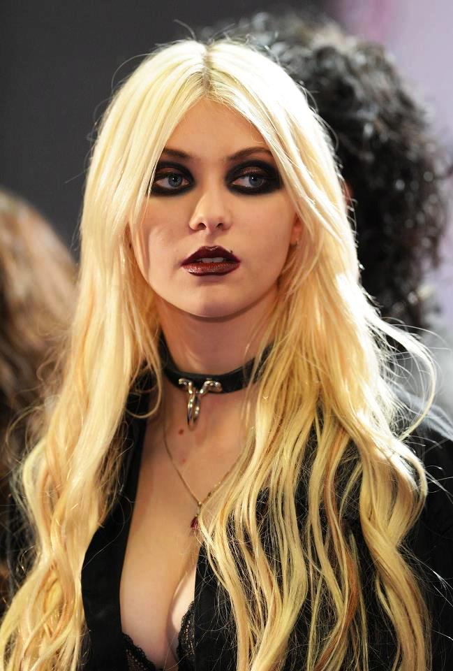 Picture of Taylor Moms... Taylor Momsen