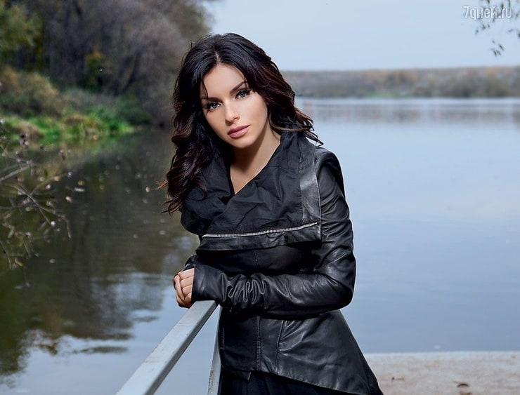 Yuliya Volkova Nude Photos 84