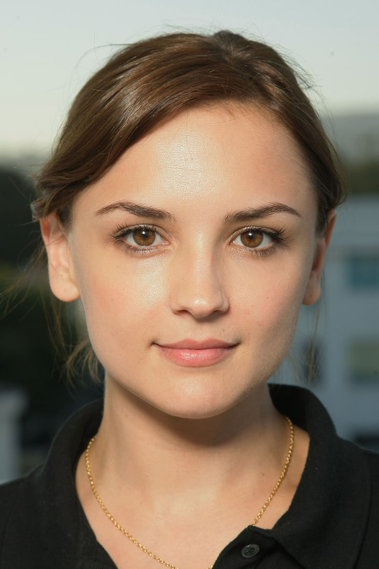 Who Is Rachael Leigh Cook? 5 Things to Know About the Actress