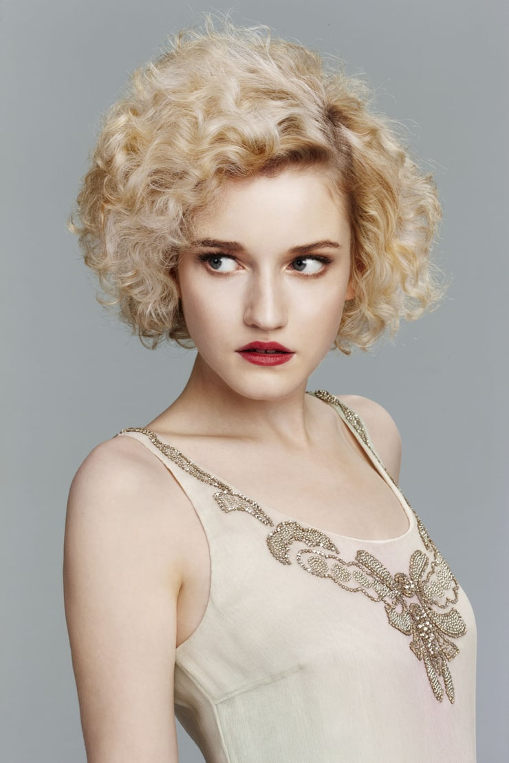 Julia Garner nude (57 gallery), cleavage Feet, Instagram, butt 2015