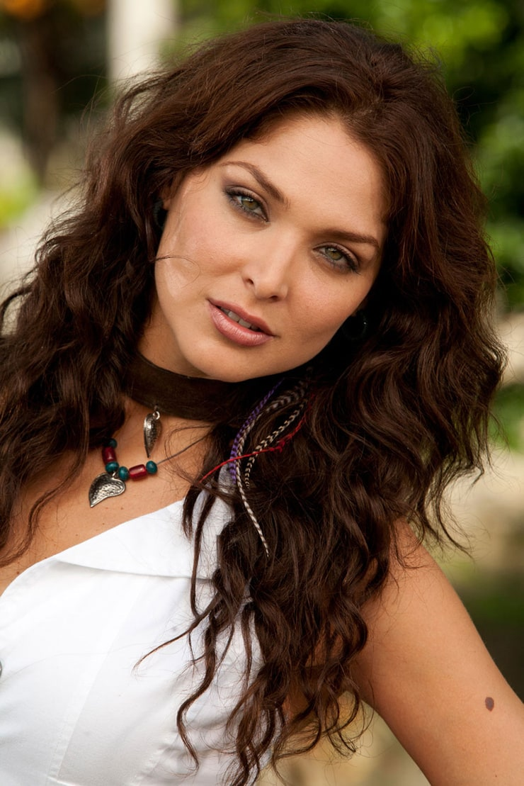 picture of blanca soto. Black Bedroom Furniture Sets. Home Design Ideas