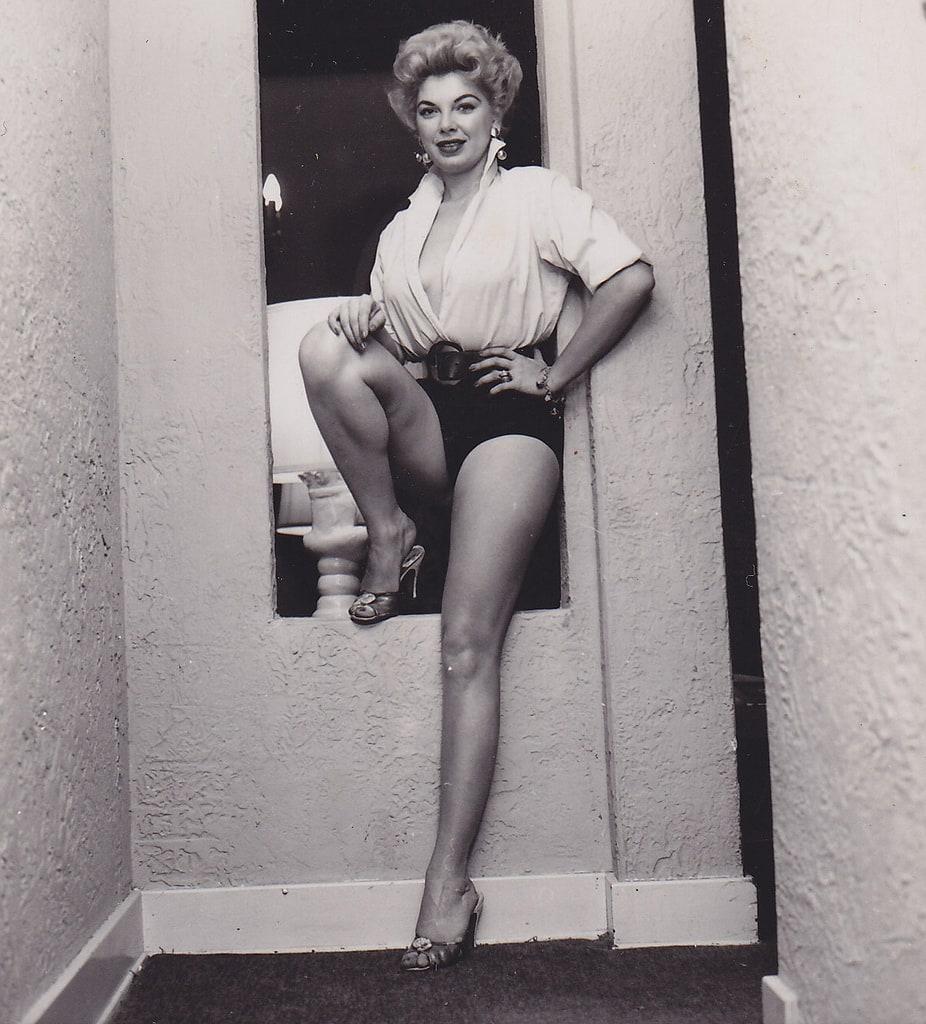 pics Barbara Nichols