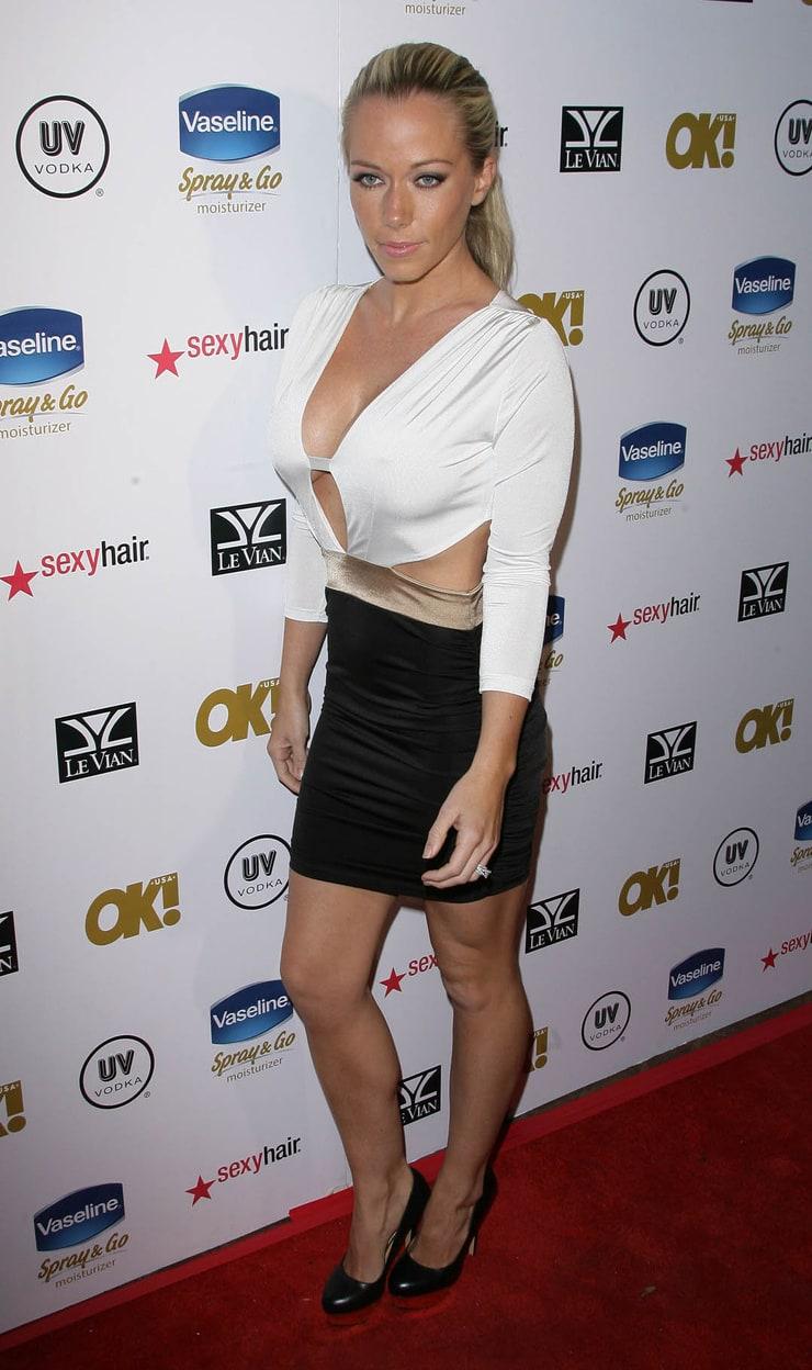 Harris Poll Login >> Picture of Kendra Wilkinson