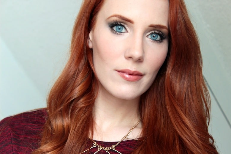 Simone Simons earned a  million dollar salary - leaving the net worth at 0.5 million in 2018