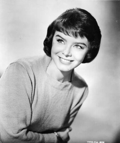 Avengers in Time: 1972, Deaths: British actress Janet