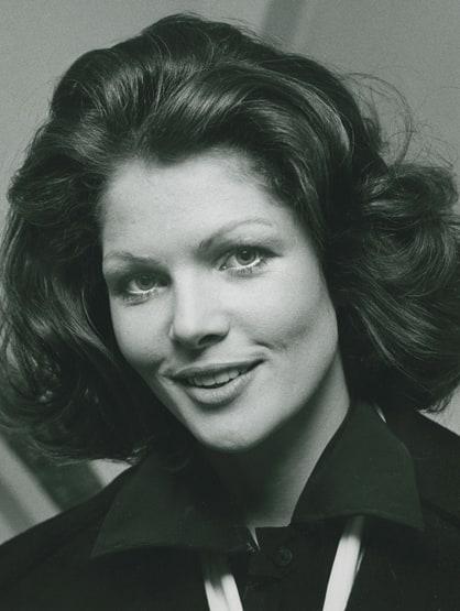 Lois Chiles