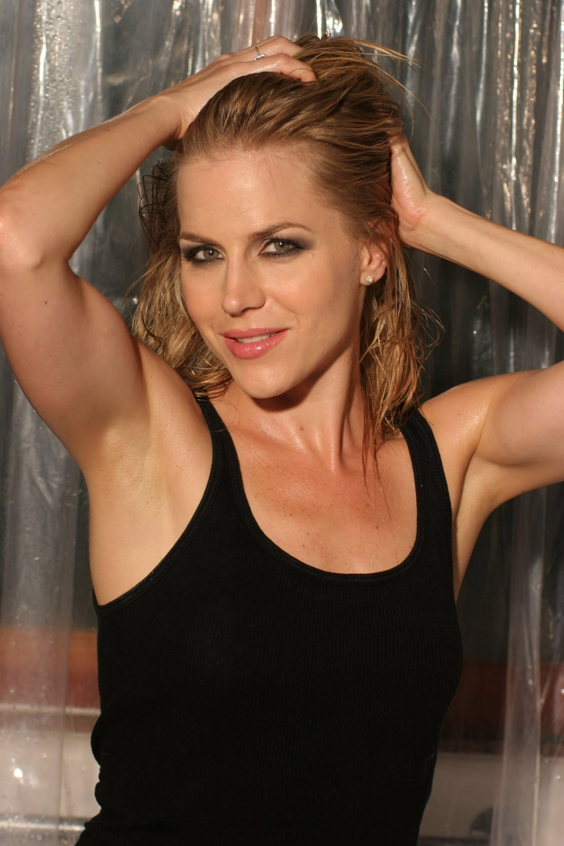 picture of julie benz